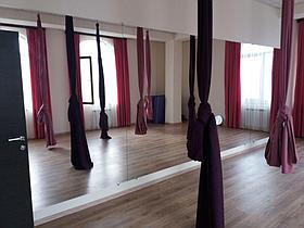 Зеркала в танцевальный зал