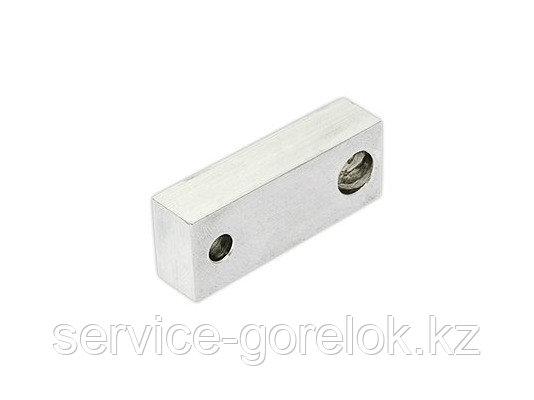 Распорный блок регулировочных стержней 20 X 52 X 12,5 мм