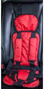 Бескаркасное детское автокресло Берри красный цвет