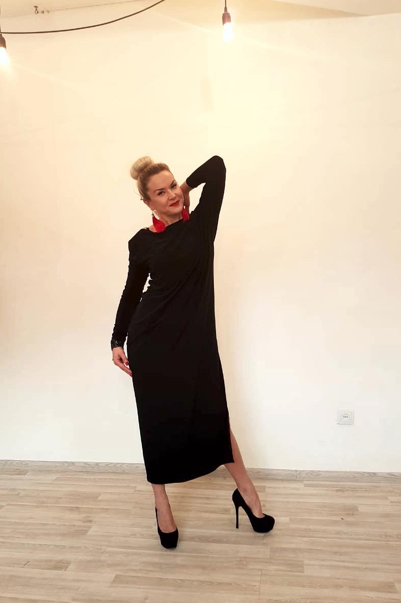 Платье трикотажное с длинными рукавами ассиметричное - фото 3