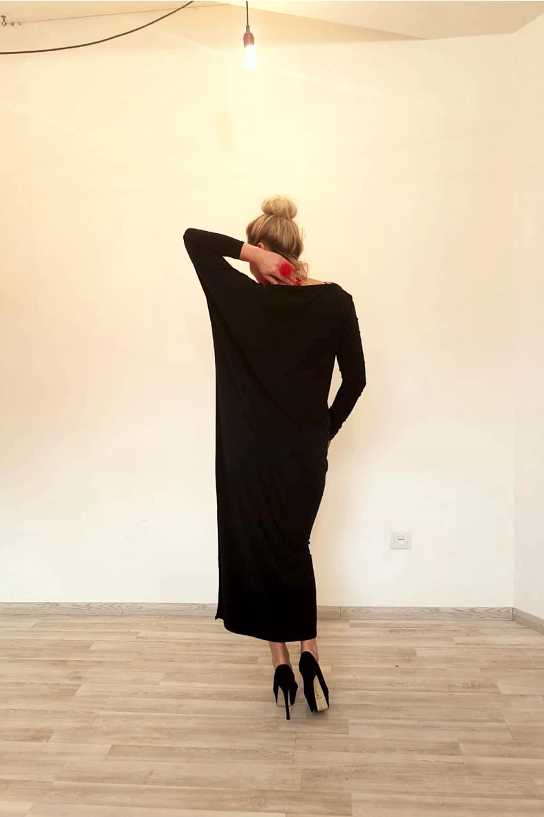 Платье трикотажное с длинными рукавами ассиметричное - фото 4