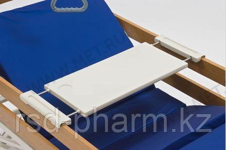 Надкроватный столик из пластика, устанавливаемый на боковые ограждения шириной от 80 до 105 см, фото 2