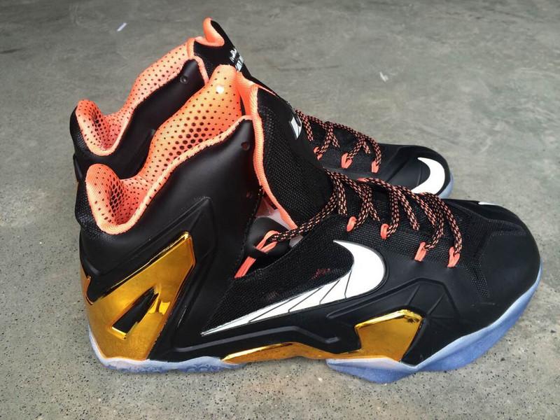 Баскетбольные кроссовки Nike Lebron 11 (XI) Elite Series черный с золотом