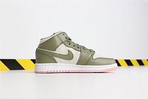 Баскетбольные кроссовки Nike Air Jordan 1 Retro, фото 2