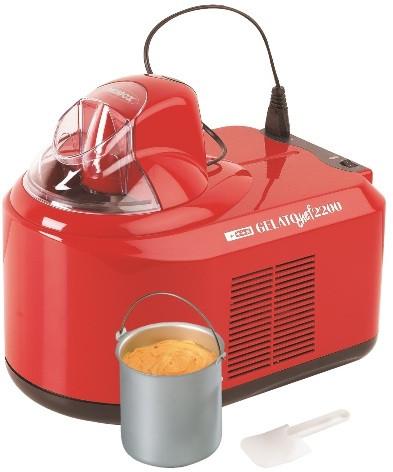"""Компрессорная мороженица """"GELATO CHEF 2200 ROSSO"""" — стильная модель с красным глянцевым покрытием корпуса"""