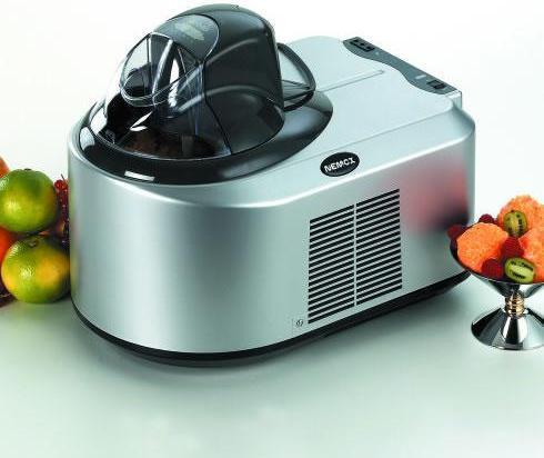 С помощью данной мороженицы можно приготовить до 800 г вкуснейшего лакомства за 20-40 минут