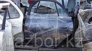 Дверь левая задняя Toyota Carina AT191