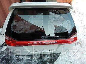 Дверь багажника Mitsubishi Legnum