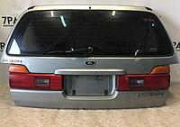 Дверь багажника Nissan Stagea