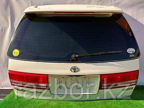 Дверь багажника Toyota Mark II Qualis