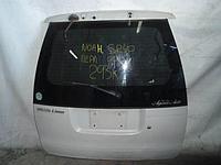 Дверь багажника Toyota Noah