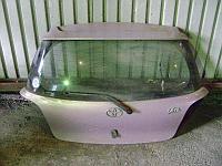 Дверь багажника Toyota Vitz