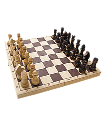 Шахматы обиходные, лакированные