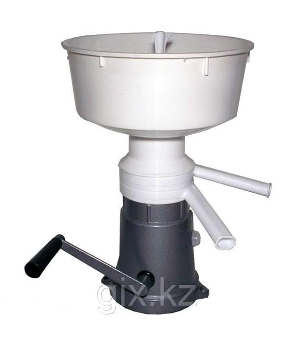 Сепаратор для молока ручной Пензмаш РЗ-ОПС, металлическая станина