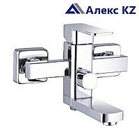 Смеситель для ванны, одноручный, с литым поворотным изливом ZEGOR LEB3-A123