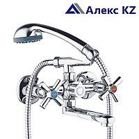 Смеситель для ванны, двуручный,  с литым поворотным  изливом ZEGOR DMT3-A722