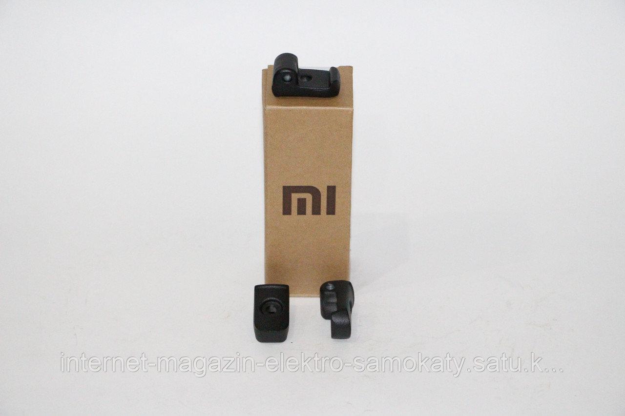 Язычок для электро-самоката Xiaomi Mijia M365 Smart Electric Scooter