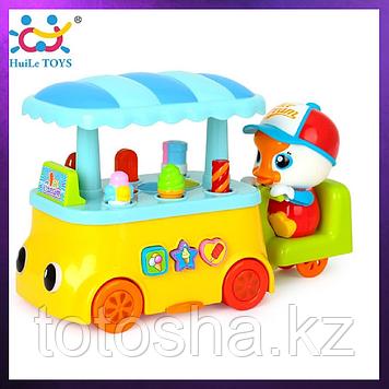 Huile Toys Цветная тележка с мороженным