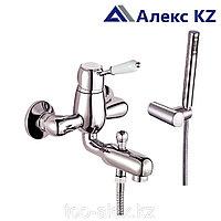 Смеситель KOLAG 2824  одноручный для ванны с коротким изливом, дивертор кнопочный