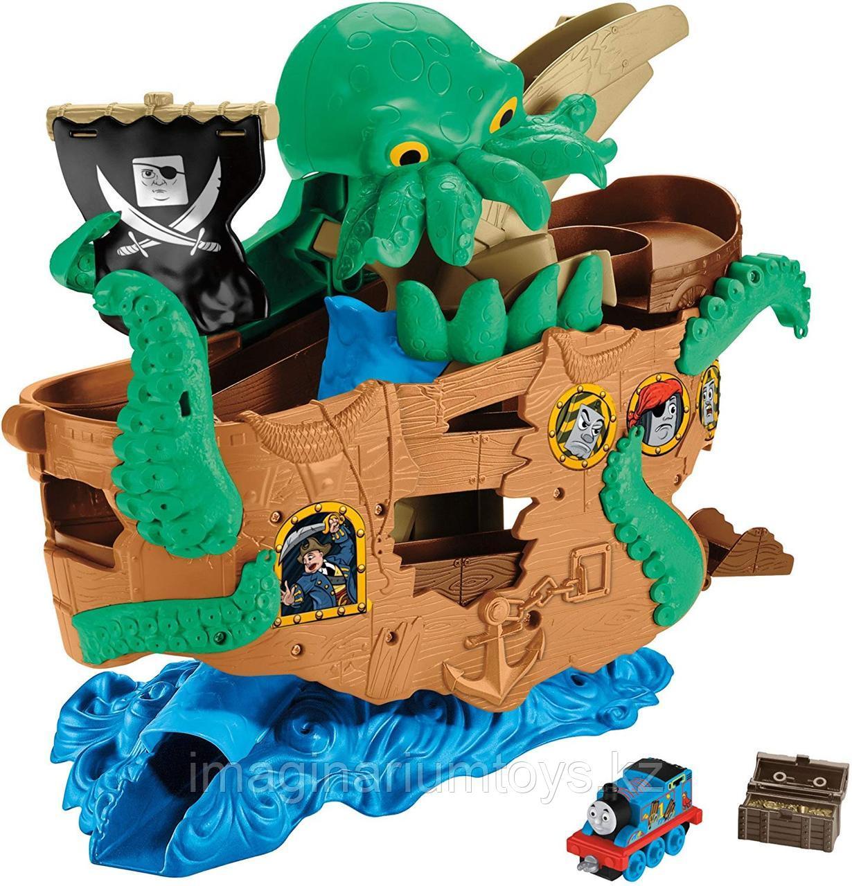 Игровой набор «Томас и пиратский корабль»
