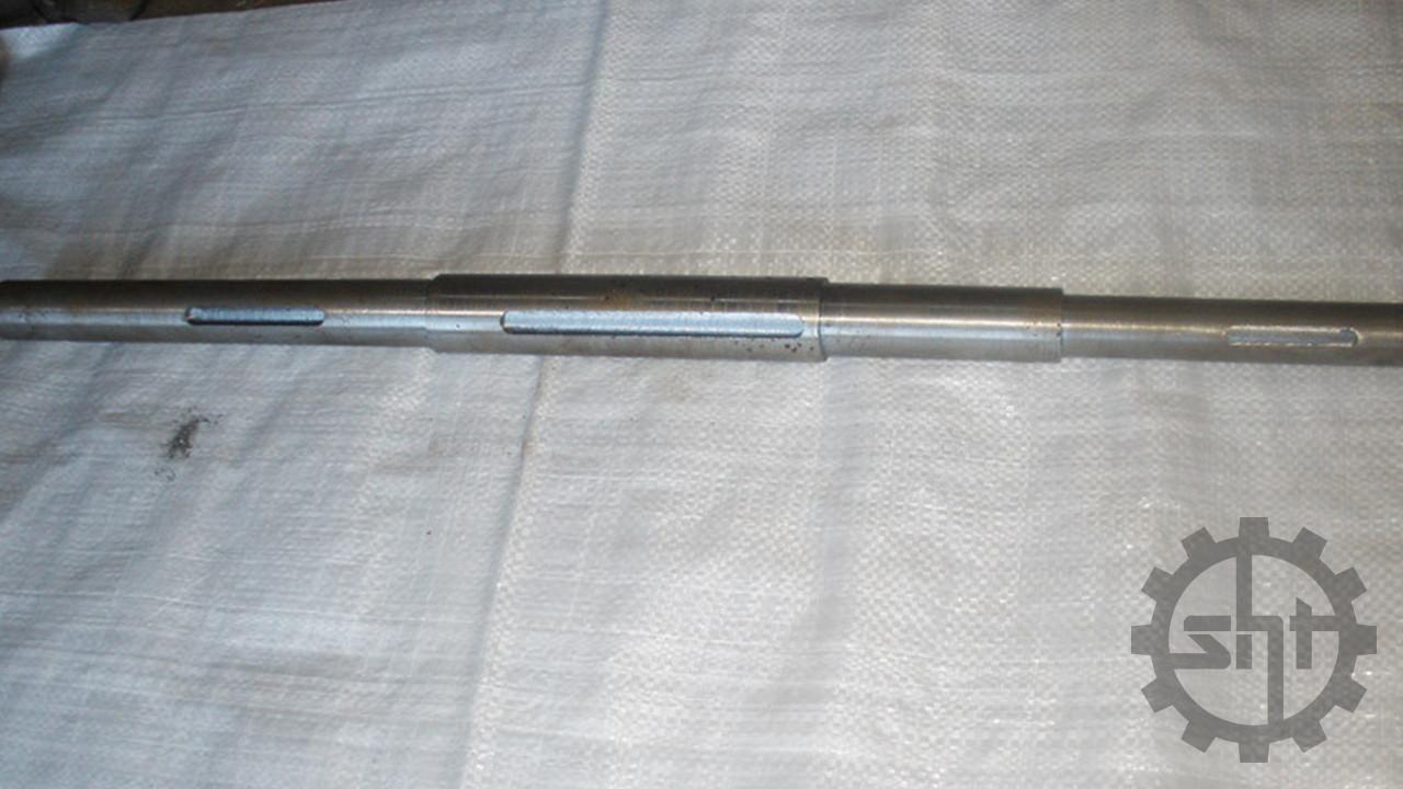 Вал контрпривода зернометателя ЗМ-60/90 ЗП 04.606