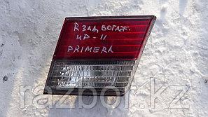 Фонарь на крышку багажника правый Nissan Primera 11