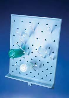 Стеллаж для сушки лабораторной посуды пластиковый, с поддоном (72 штыря), 450х650мм, настенный (PS) (Azlon)
