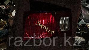 Фонарь в крышку багажника правый Toyota Ipsum
