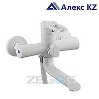 Смеситель для ванны, одноручный, с литым поворотным изливом ZEGOR PUD3-A045 YW (белый)