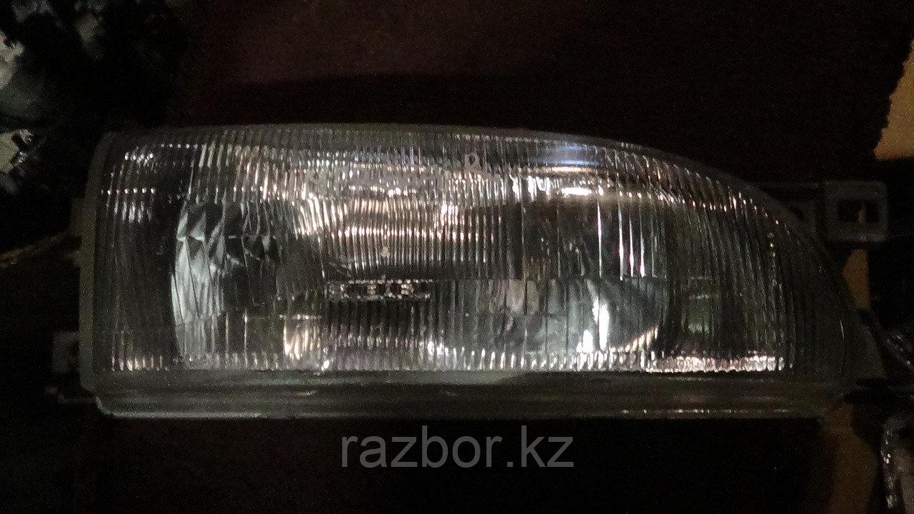 Фара передняя правая Subaru Impreza