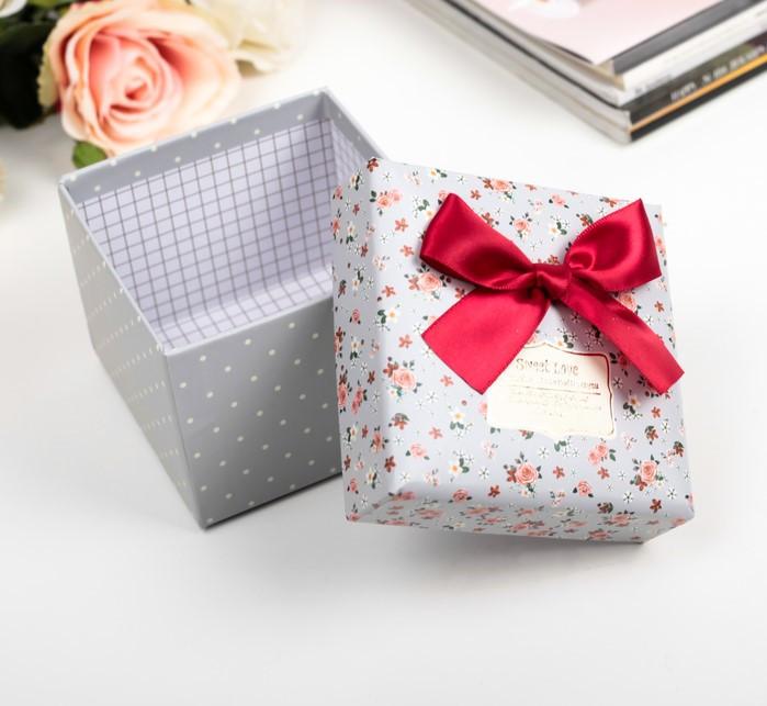 Коробка подарочная 11 х 11 х 8,5 см 2963249