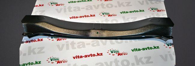 Накладка в проём багажника (чёрное тиснение) (ABS)
