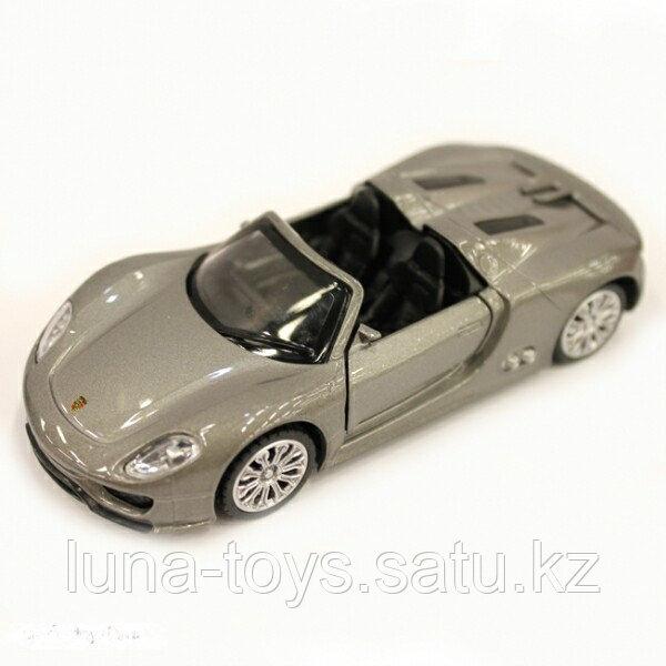 131054 Porsche 918 Spyder игрушка металлическая с элементами из пластмассы, с инерционным механизмом, модель