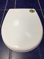 Сиденье для унитаза дюропластовое с мет. крепл. SD 15s095