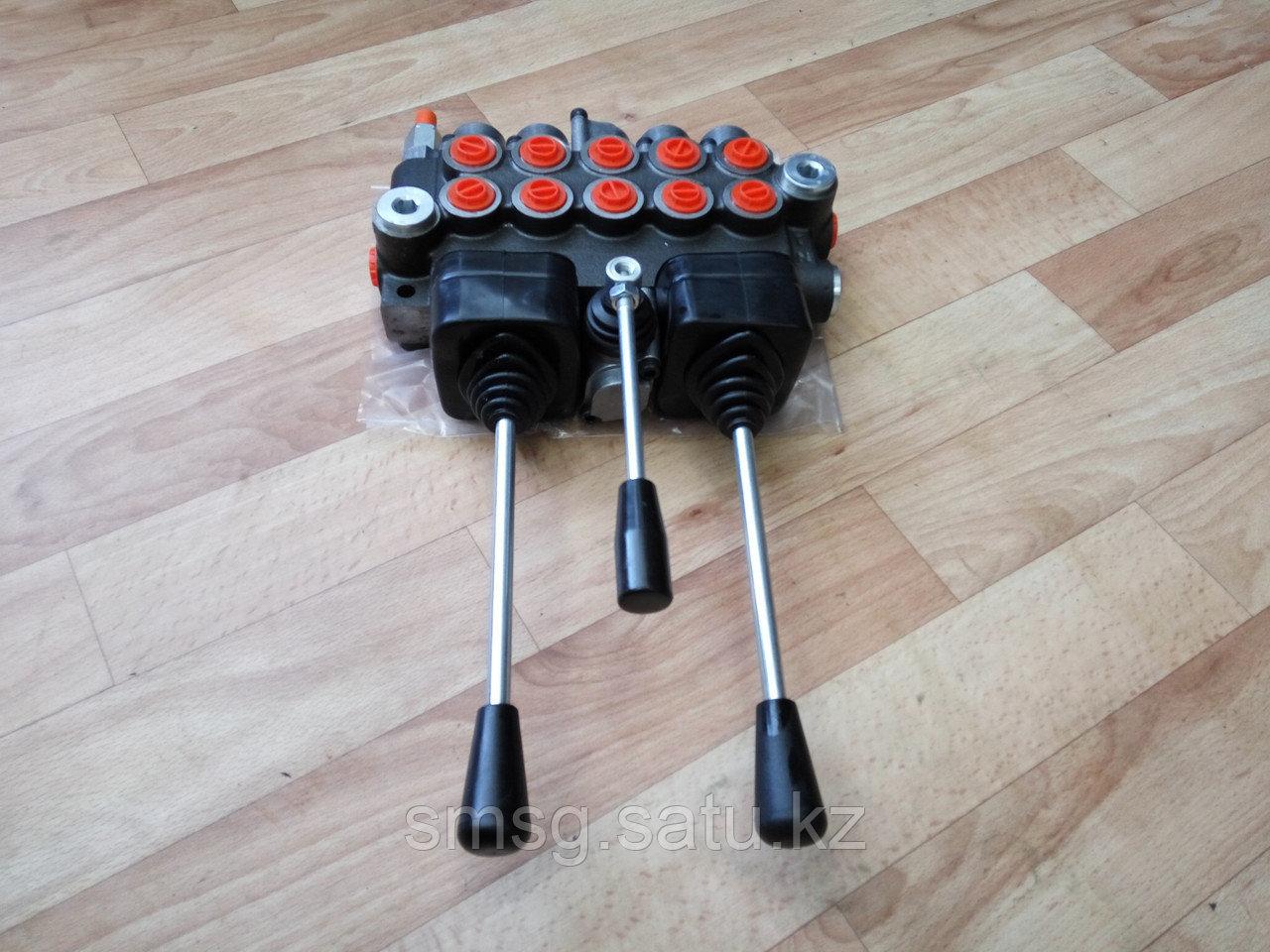 Гидрораспределитель 05Z-50 с джойстиками для минитехники на 5 операций