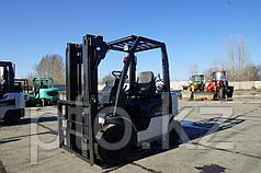 Газ-бензиновый погрузчик Nissan PL02A20