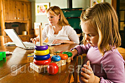 """""""100 способов занять ребенка пока мама работает"""""""