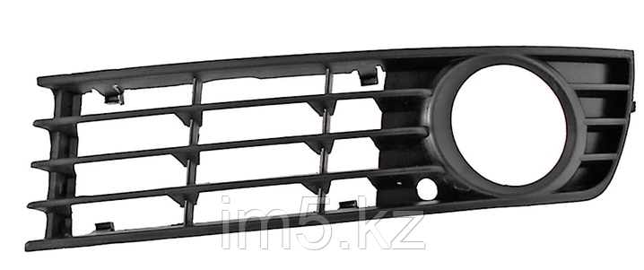 Решетка в бампер левая AUDI A4 01-05  под туманку