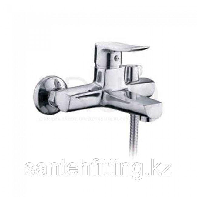 Смеситель ванная Z30-220 литой Zerix