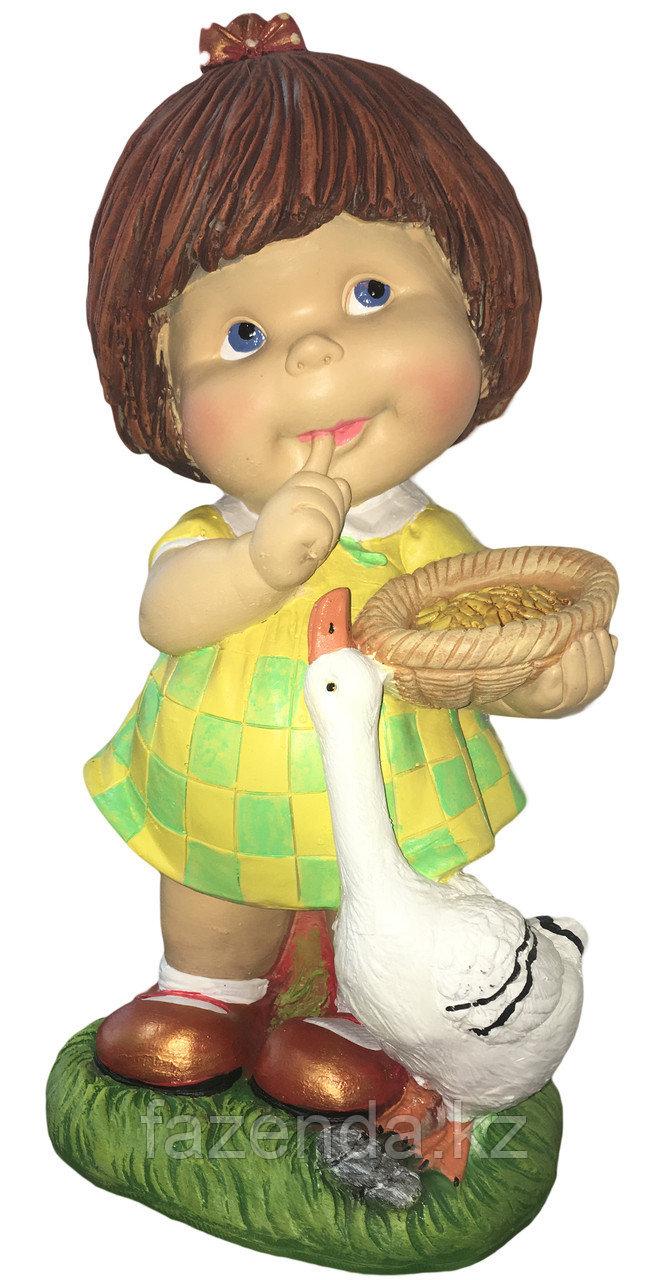 Девочка с гусем и пшеницей Н-46см