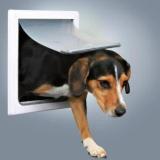 Trixie 3878 Трикси Дверца для кошек/собак, 2 функции, (22,5х29,5см - дверца,30*36 см - общий), пластик, белый.