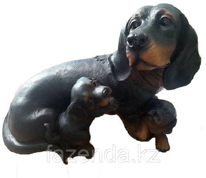 Собака Такса с щенками Н-27см