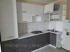 Угловая кухни  в Алматы, фото 3