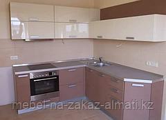 Угловая кухни  в Алматы, фото 2