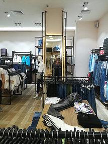 Торговое оборудование для сети магазинов одежды ZERO.  19