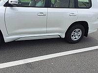 Электрические пороги / подножки на land Cruiser 200