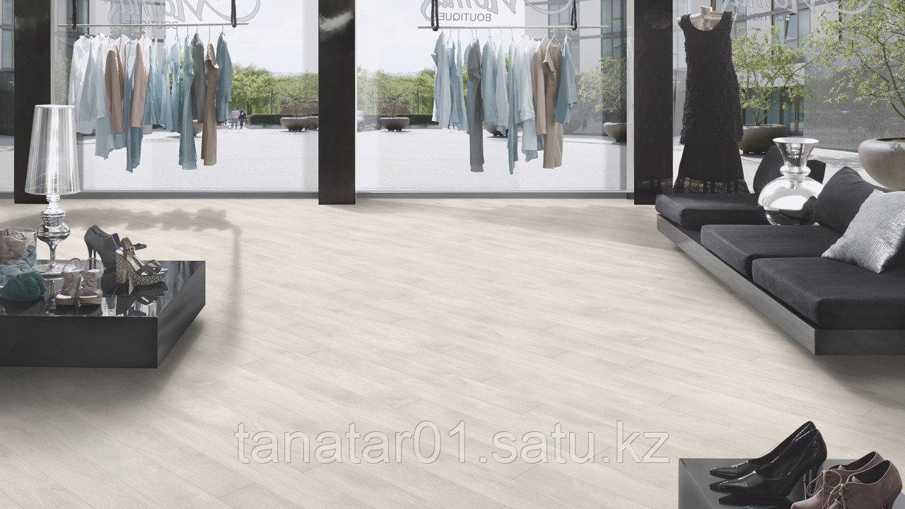 Ламинат Floorpan BLACK Дуб северный 33 класс 8 мм
