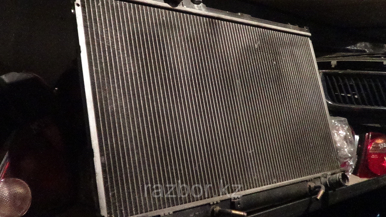 Радиатор основной Toyota Cresta (100)