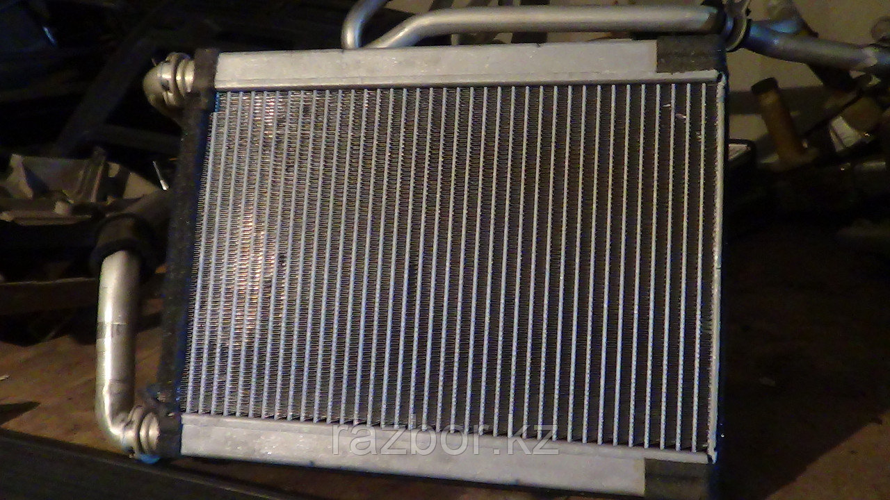 Радиатор печки Toyota Kluger (Highlander)