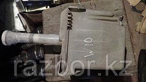 Бачок омывателя лобового стекла Nissan Avenir